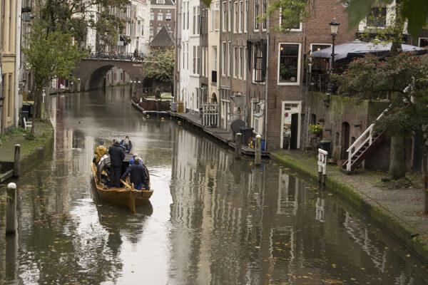 Krommerijnder in Oude Gracht